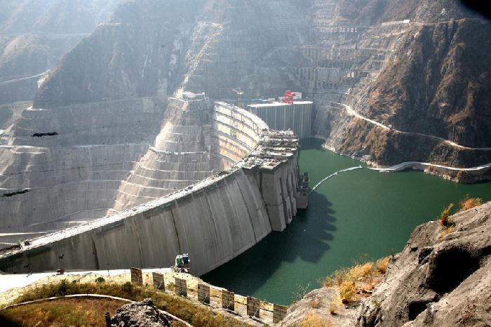 刘家峡水电站小湾水电站位于云南省西部南涧县与风庆县交界的澜沧江